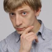 актер Алексей Вдовин